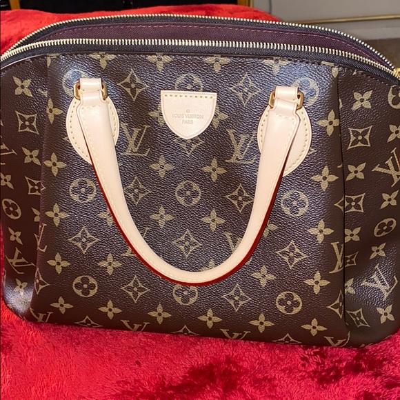 💝 Louis Vuitton Rivoli Mm 💝